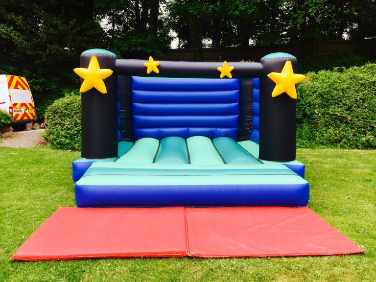 Star Bouncy Castle Hire Newton Abbot