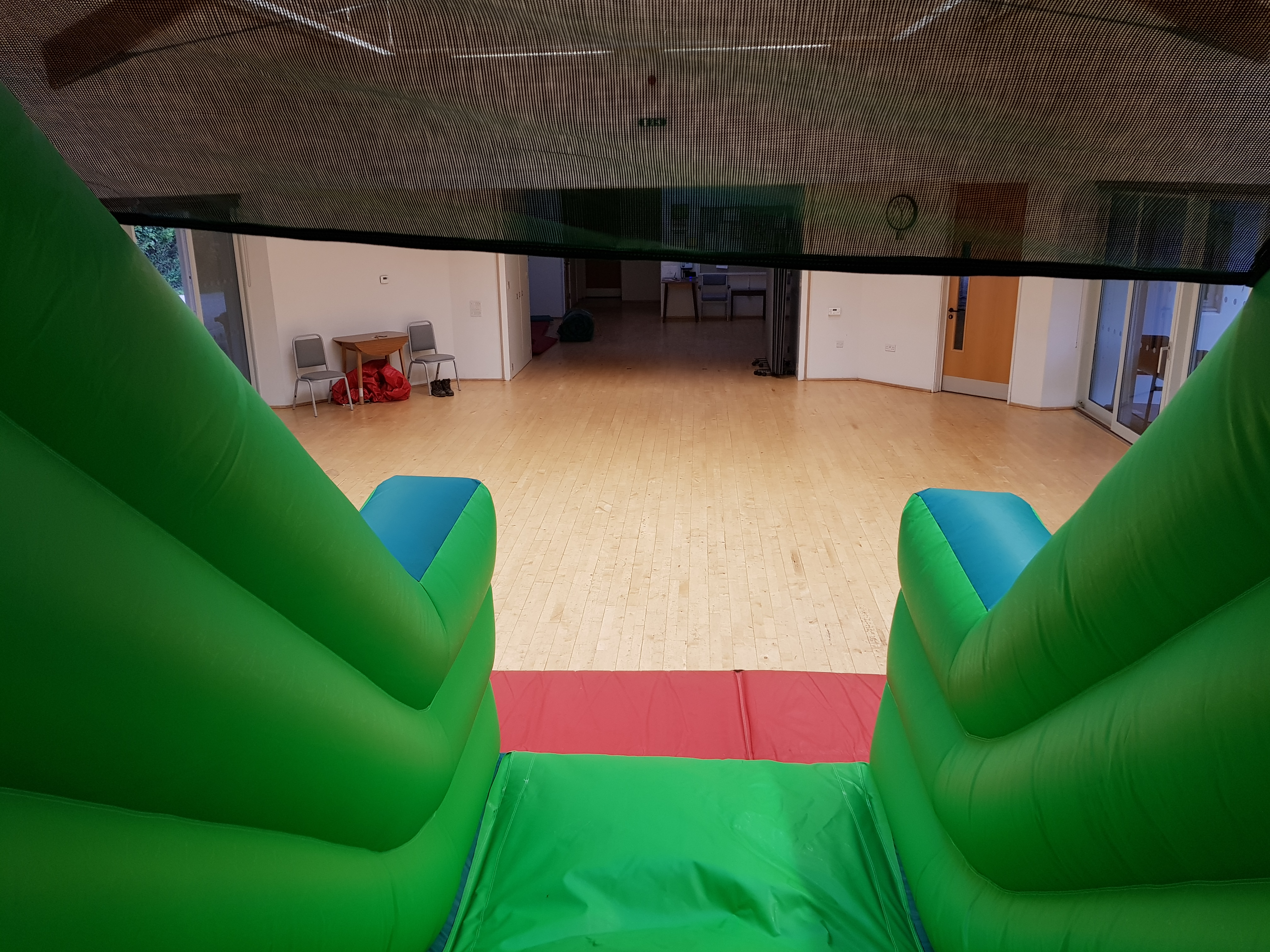 Bouncy castle slide hire in torbay, newton abbot and Paignton