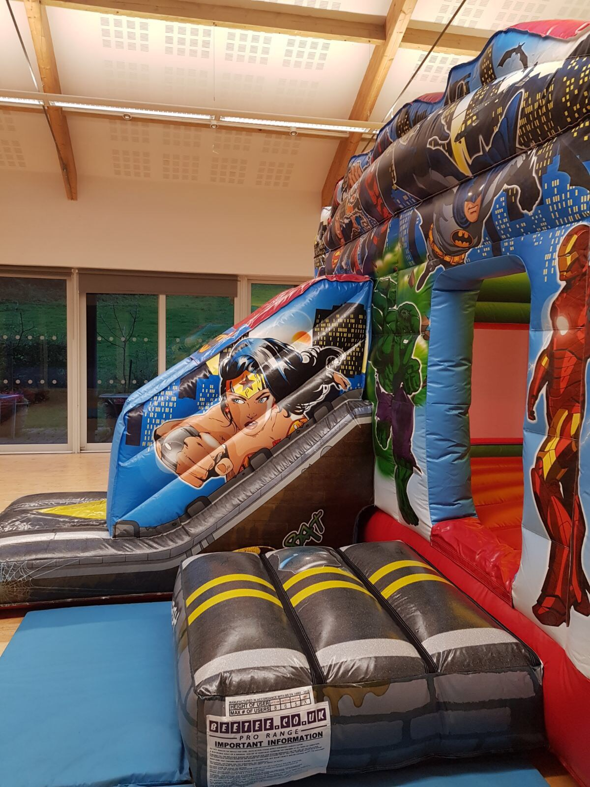 Bouncy Castle Hire In Newton Abbot, Torbay, Torquay, Paignton, Totnes, Exeter